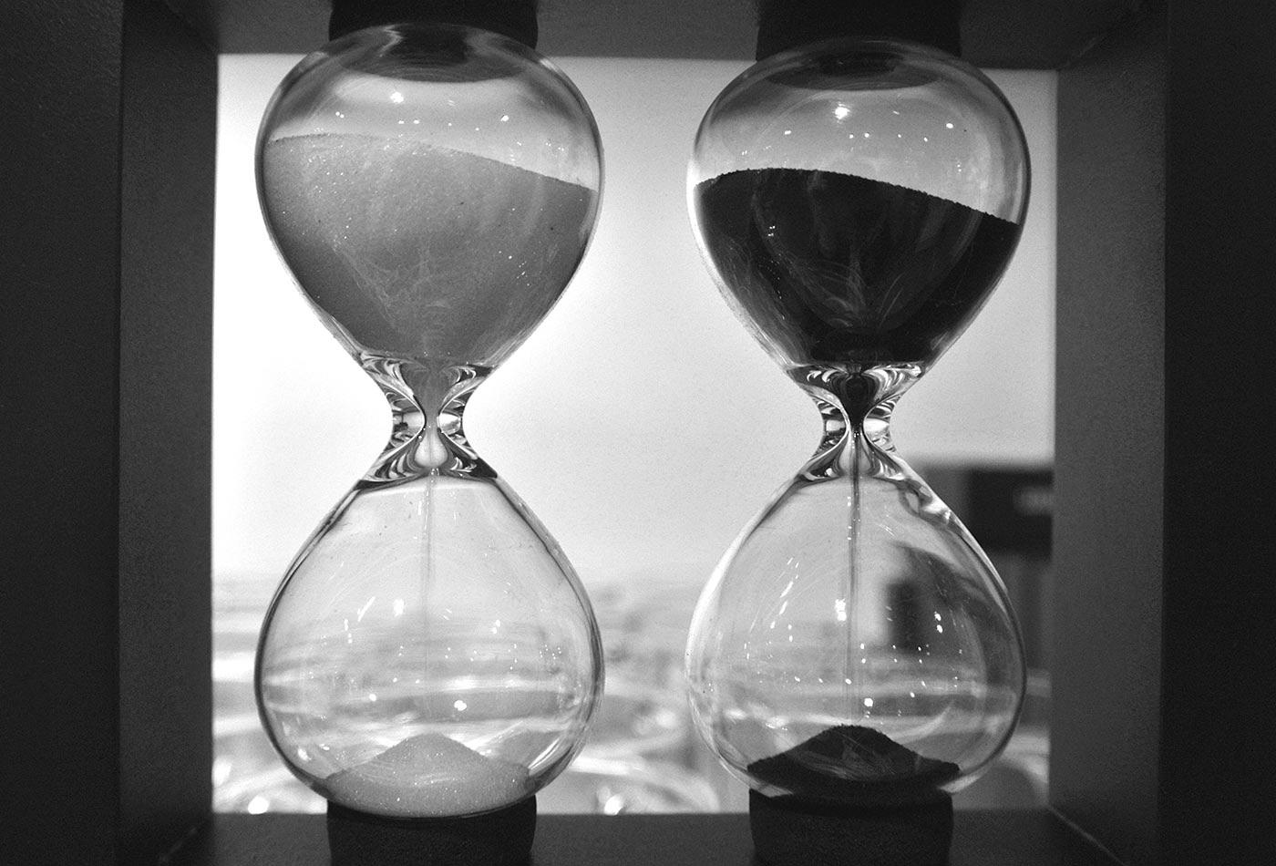 Hourglass comparison.