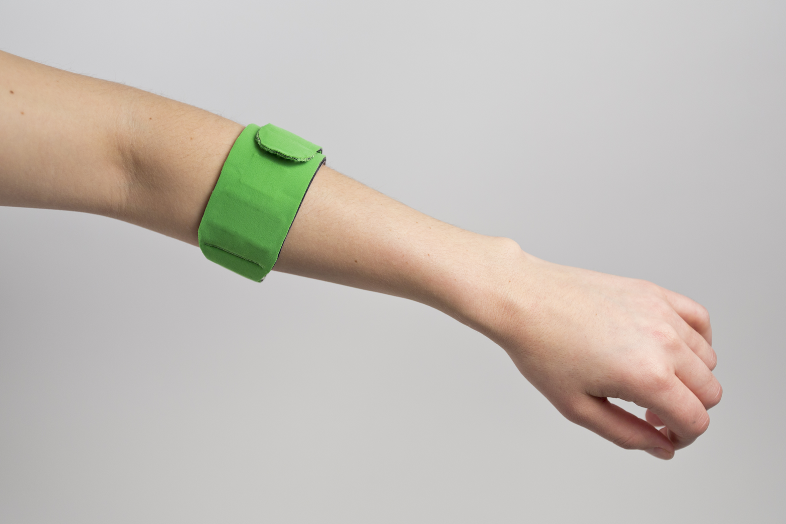 Users tested this prototype while running and doing yoga, and gave feedback on comfort and using the companion app