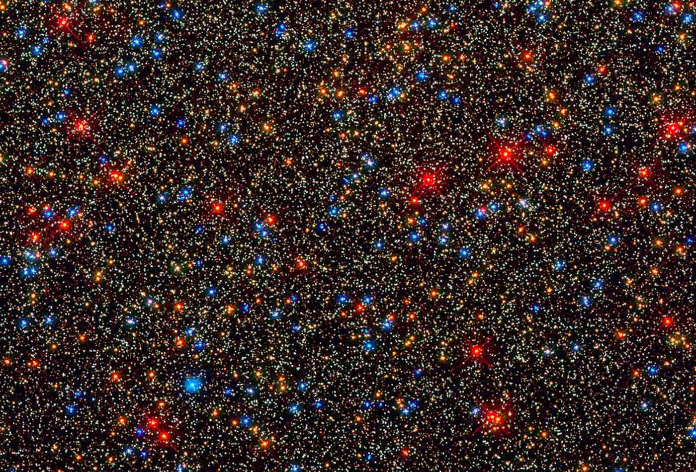 A small region inside the massive globular cluster Omega Centauri.