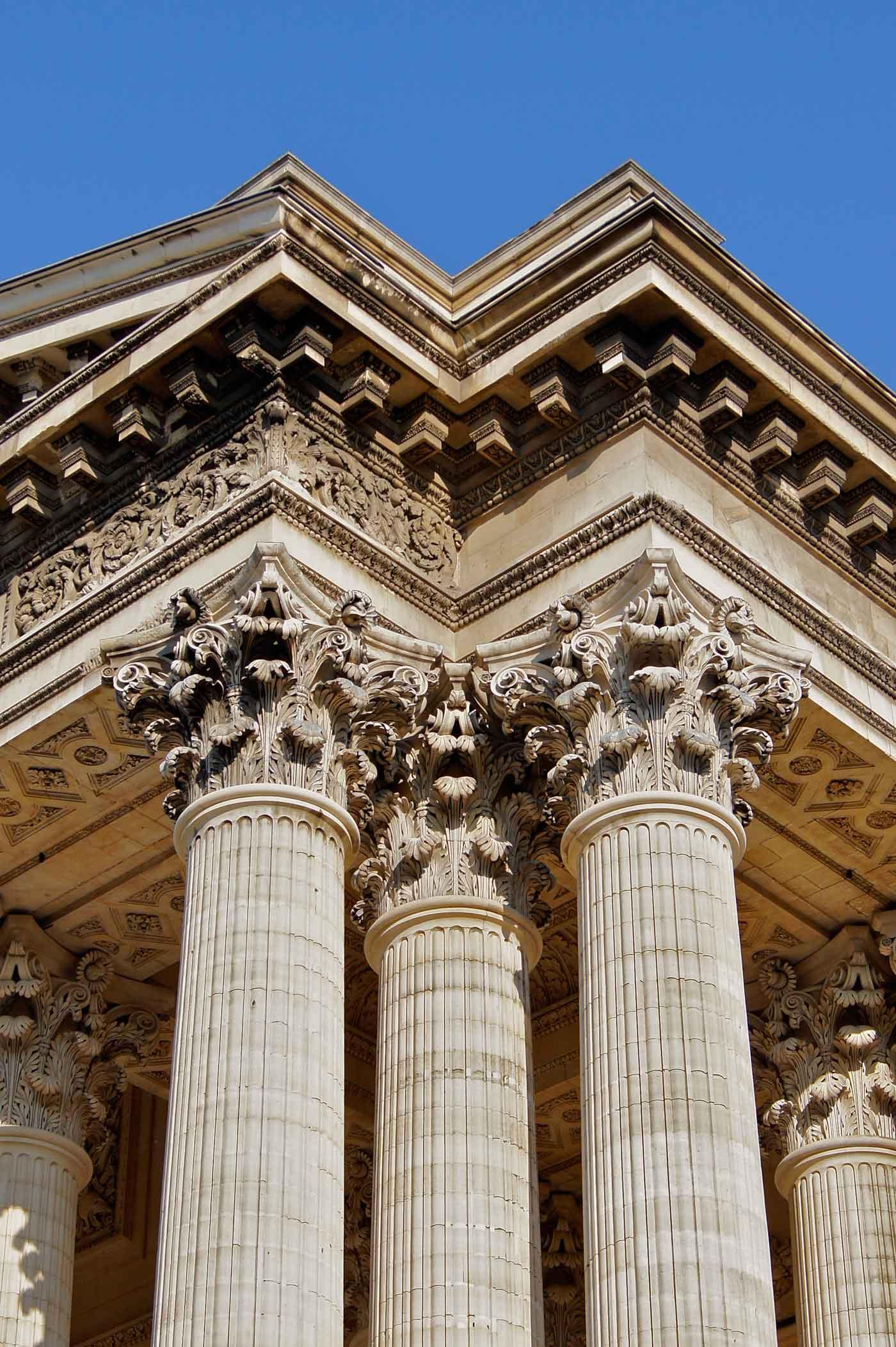 Colonnes chapiteaux pantheon