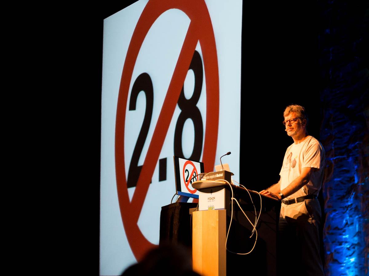 Guido van Rossum on Python 2.8