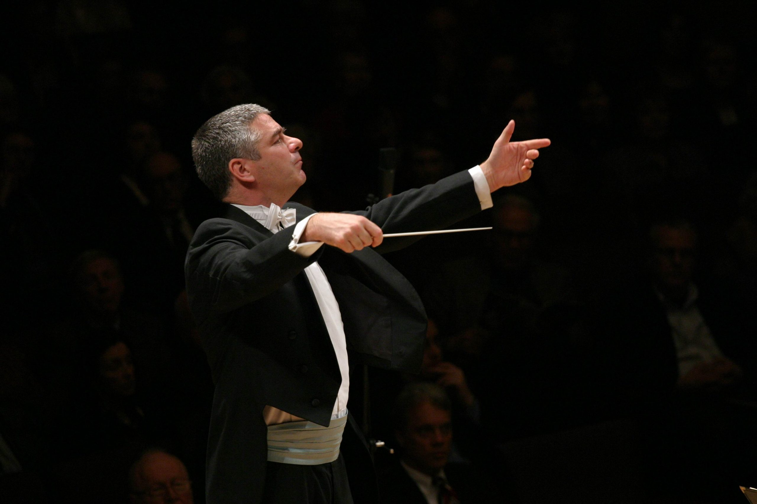 Welsh conductor Grant Llewellyn