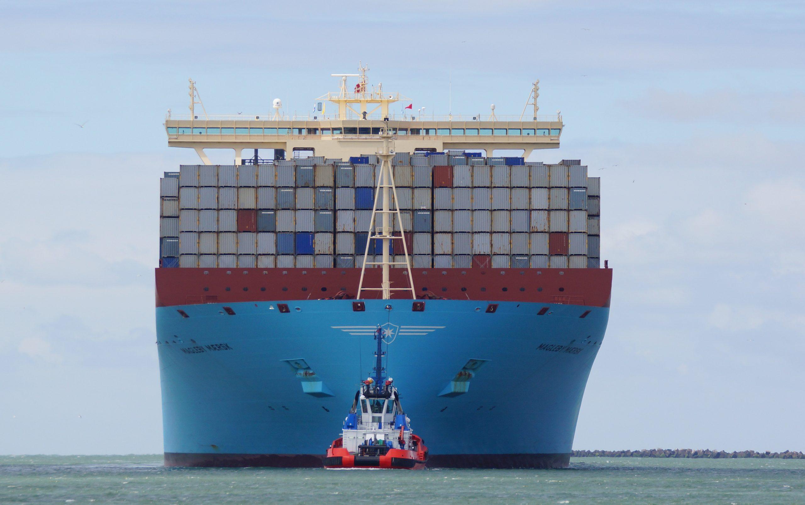Magleby Maersk am Maasmond