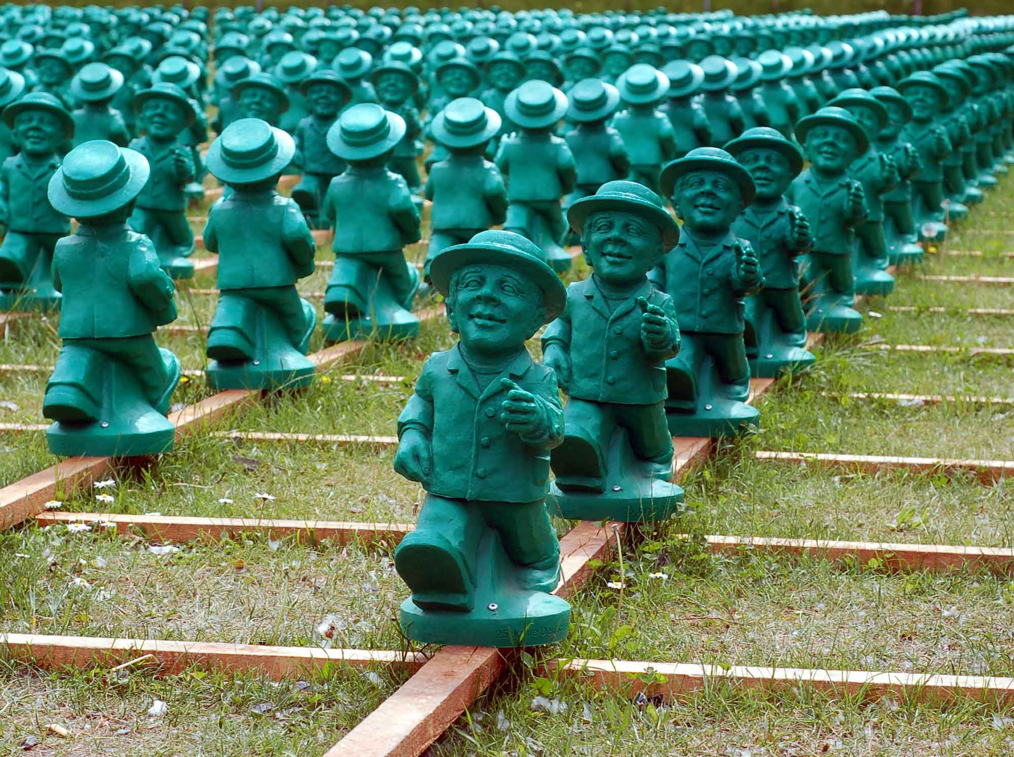 Green figurines