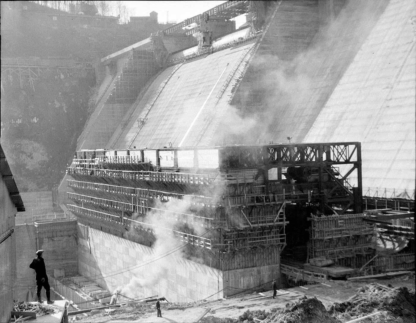 Norris Dam in 1936