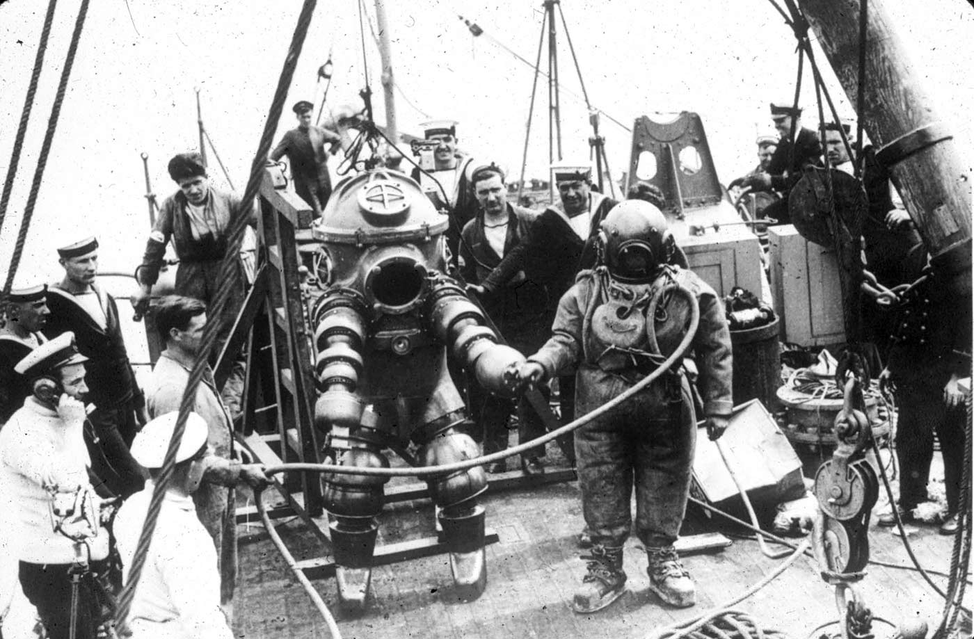 """J. Peress' 1-atm dive suit, Tritonia, explored the Lusitania wreck in 1935. Jim Jarrett was Peress's chief diver and made this dive to 312 feet. This suit was a precursor to the """"Jim"""" suit, named for Jim Jarrett."""
