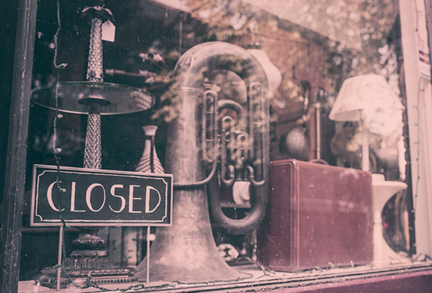 Vintage music shop closed.