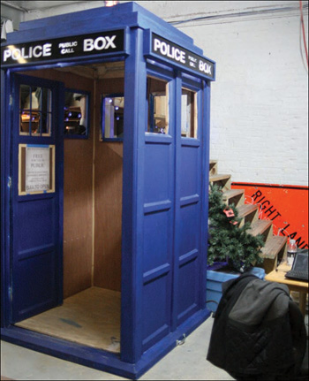 Project 11 Tardis Photobooth Hack This 24 Incredible