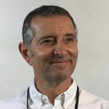 Roger Magoulas