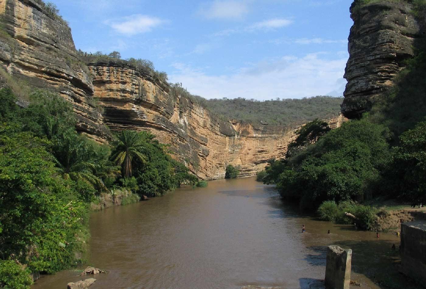 Garganta do rio Cubal