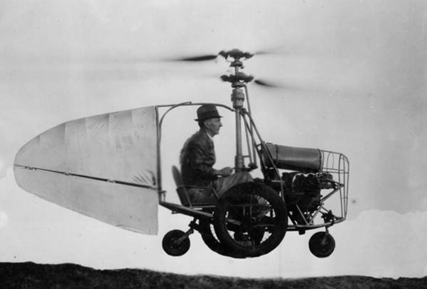 Built by Jess Dixon of Andalusia, Alabama. Can fly forward, backward, straight up, or hover in the air. Circa 1940.