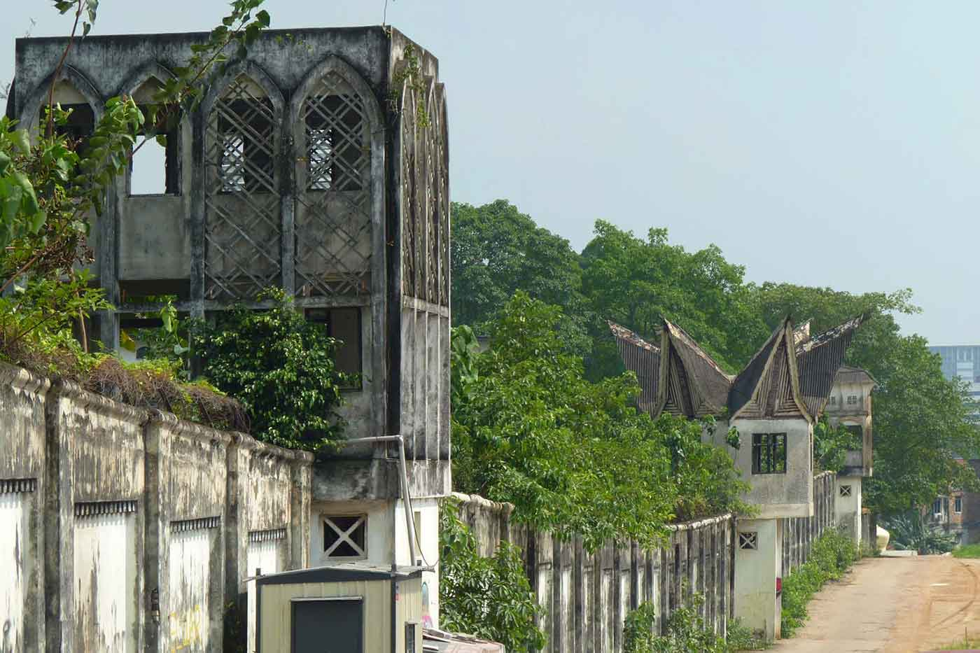 Overgrown wall of Pudu Prison.