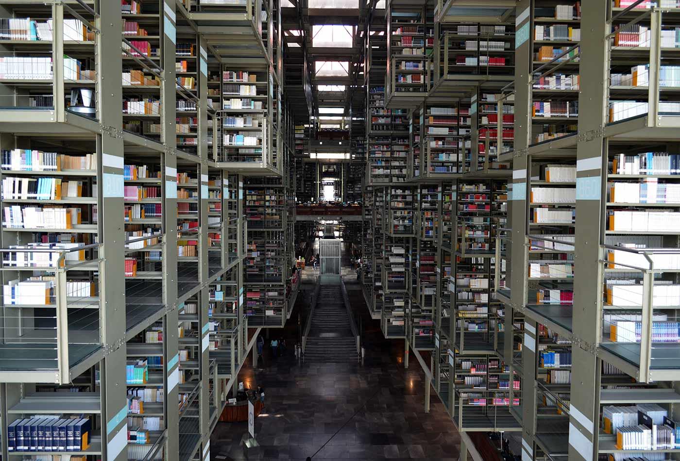 Biblioteca Vasconcelos, anaqueles.